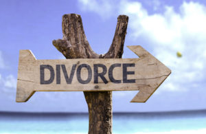divorce sign-thumb-400x260-70510-thumb-400x260-70511